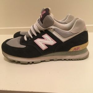 old school new balance shoes